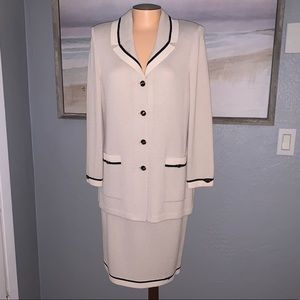 EUC St. John Collection Vintage Skirt Suit Set 10